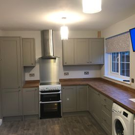 GREY Shaker kitchen Oak top